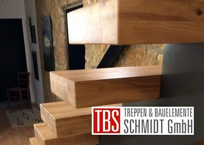 treppenstufen-mittelholmtreppe-brensbach